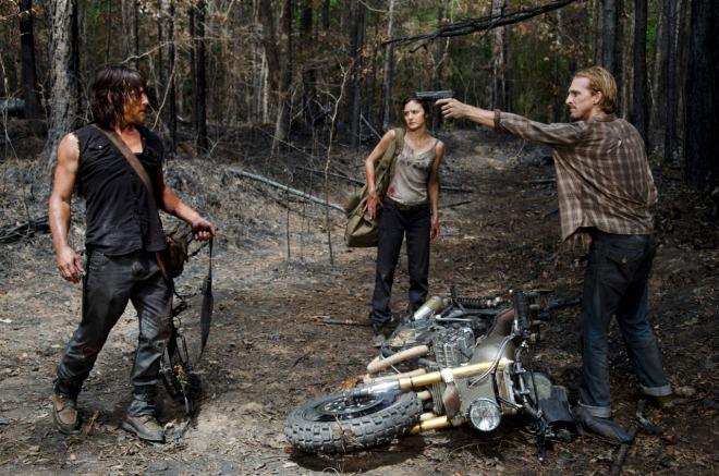 Norman Reedus as Daryl Dixon, Christine Evangelista as Honey and Austin Amelio as D - The Walking Dead _ Season 6, Episode 6 - Photo Credit: Gene Page/AMC